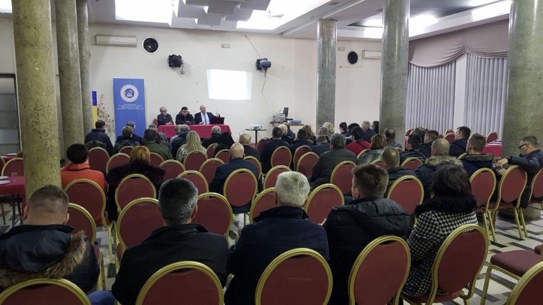 Održana edukacija članova sindikata Tuzlanske koordinacije u Lukavcu