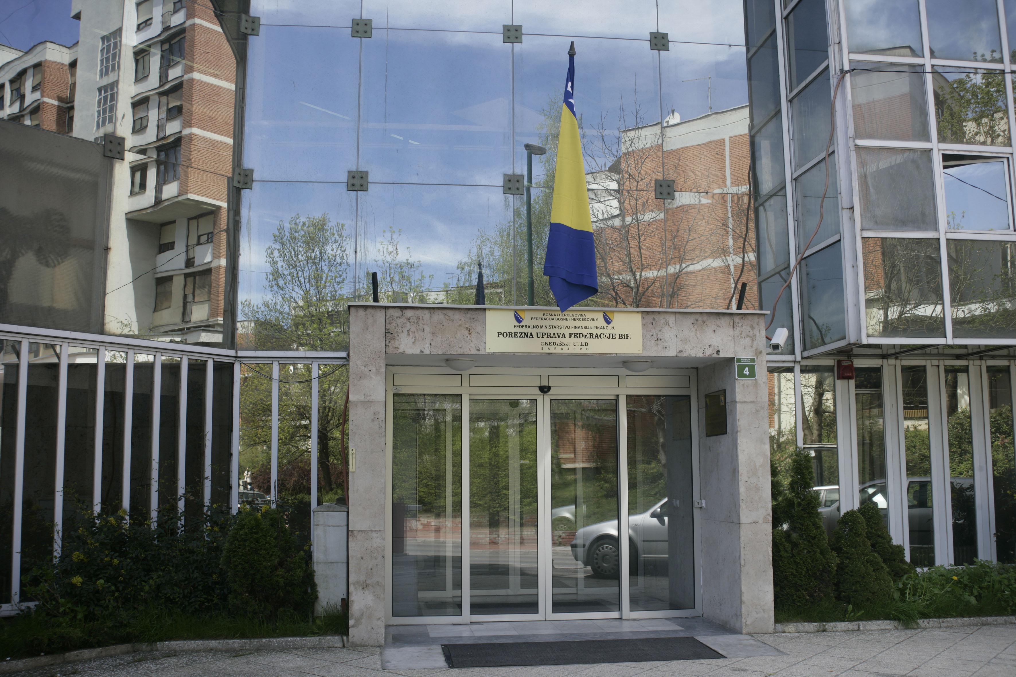 Održan sastanak sa sindikalnim povjerenicima Porezne uprave Podružnice Unsko-Sanskog kantona