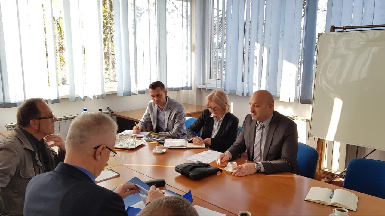 Održan sastanak sa sindikalnim povjerenicima Porezne uprave Podružnice Tuzlanskog kantona