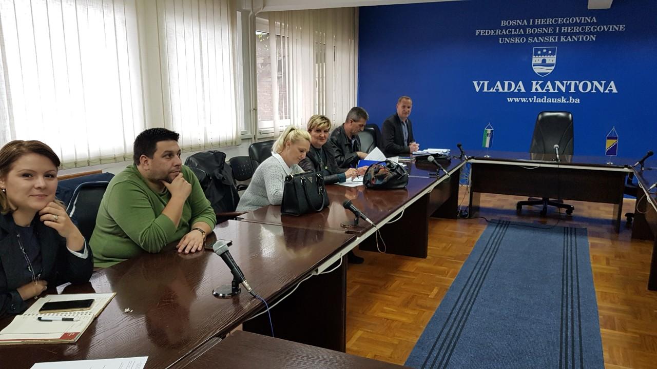 Održan sastanak pregovaračkih timova Vlade Unsko-sanskog kantona i Sindikata državnih službenika i namještenika Unsko-sanskog kantona