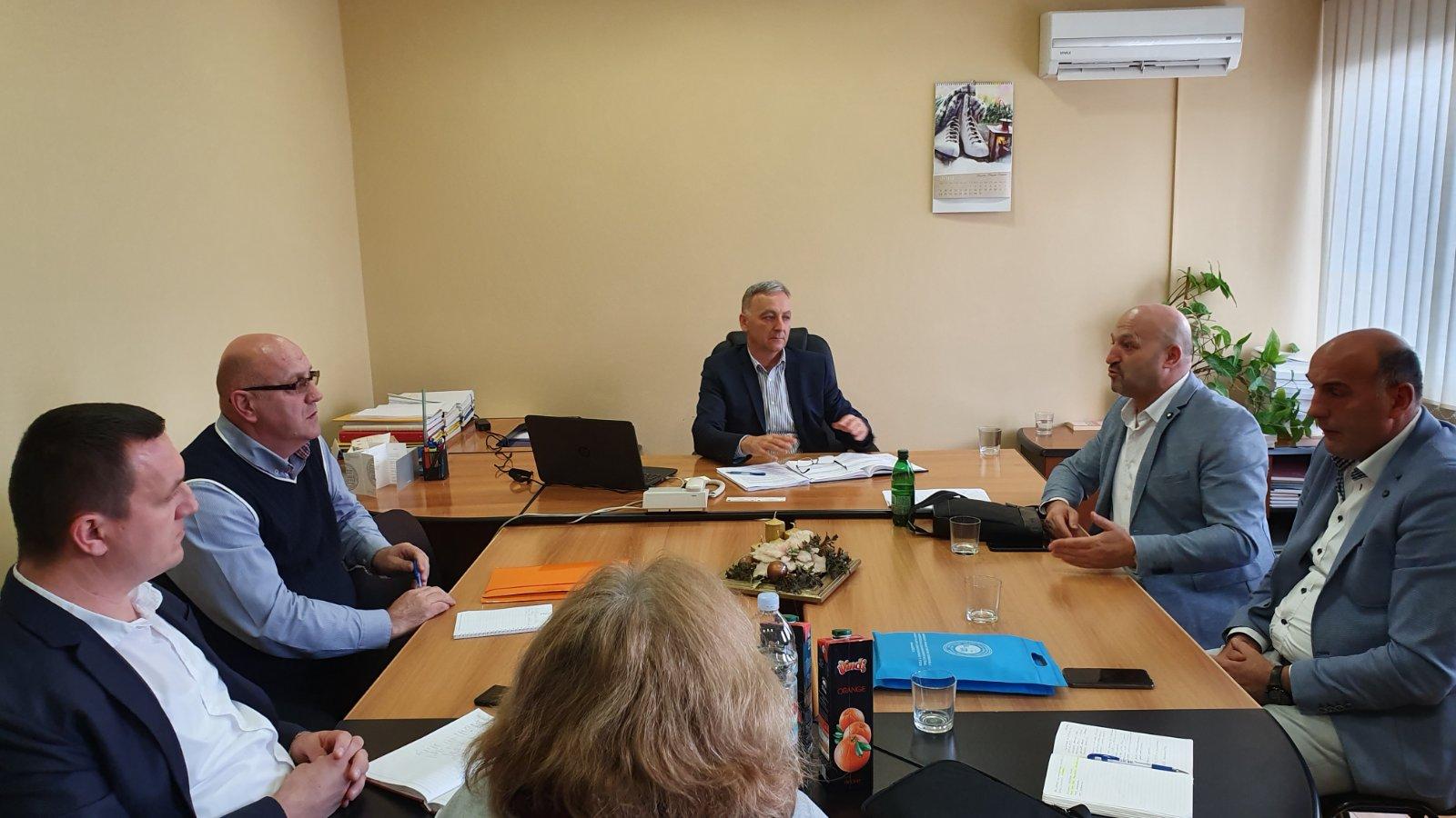 Održan Radni Sastanak U Agenciji Za Privatizaciju HNK